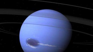 """海王星表面惊现""""黑暗漩涡"""""""